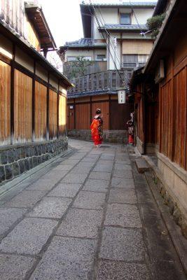 祇園の舞妓