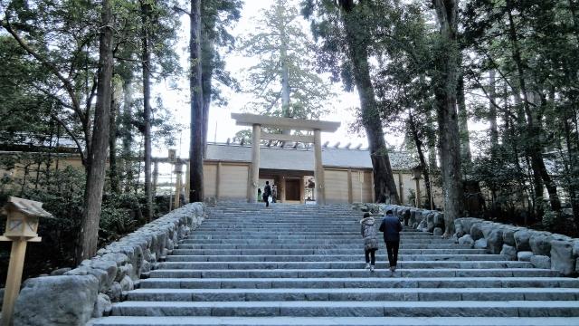伊勢神宮の階段