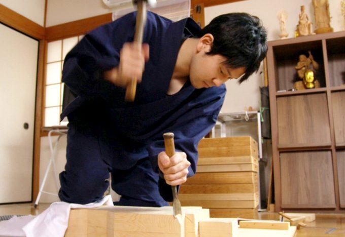 仏師坂上俊陽さんの画像
