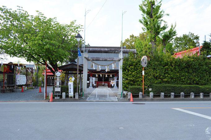 益子の陶祖である大塚啓三郎の碑は、鹿島神社にある