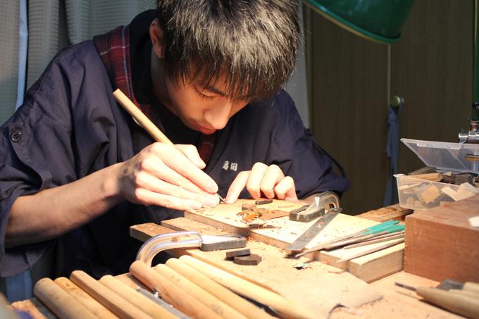 【伝統を繋ぐ人々】立体木象嵌作家/福田亨さん