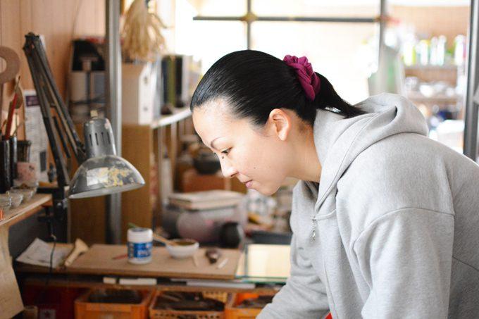 【伝統を繋ぐ人々】京焼・清水焼/宮里絵美さんの写真